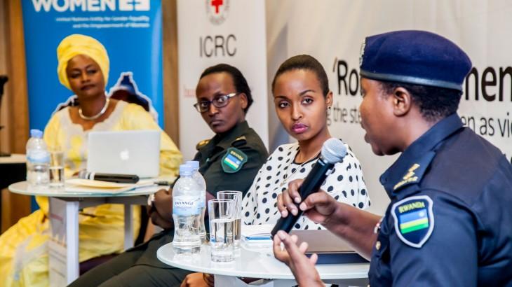 Stereotypen überwinden: Stärkung der Frauen in bewaffneten Konflikten