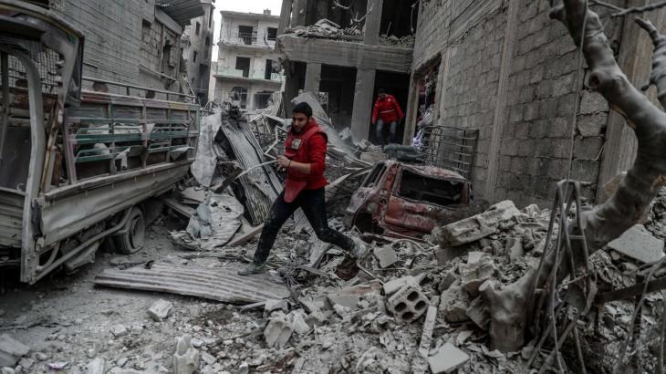A chegada da ajuda traz um pouco de esperança a Ghouta Oriental, na Síria