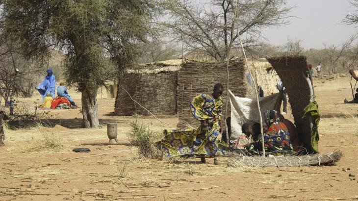 Ajuda para as pessoas deslocadas mais vulneráveis em Burkina Faso
