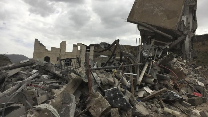 空袭萨那人口稠密地区致平民伤亡,红十字国际委员会表示强烈谴责