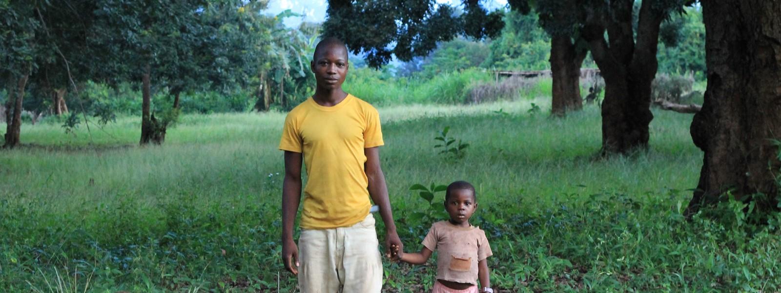 Durch Konflikte getrennte Familien zusammenführen