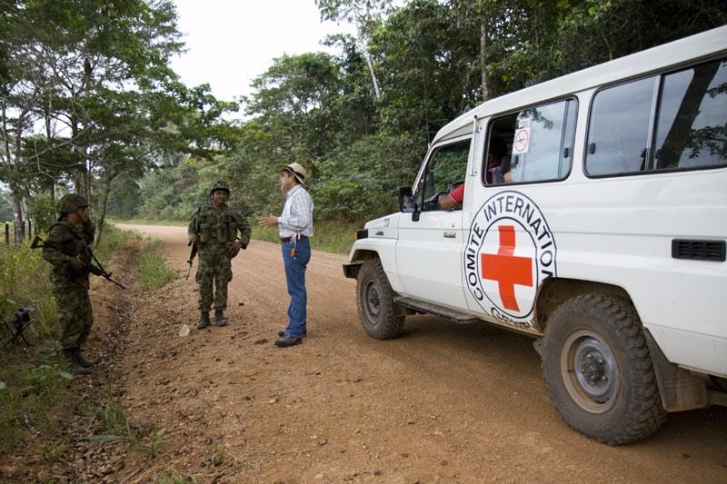Colombia, puesto de control cerca de Chuapal, San José del Guaviare.