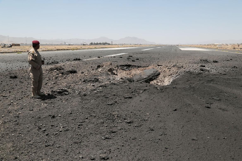 红十字国际委员会警告:跑道被毁阻碍了急需人道援助的提供和人道工作者的通行。