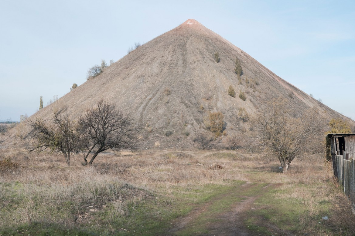 Toretsk, Ukraine 2016. A spoil tip outside the city that was cut of the water for several days back in November 2016.