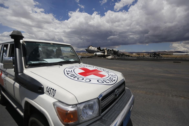 红十字国际委员会周一表示对最近联军袭击萨那国际机场所造成的严重破坏极为担忧。