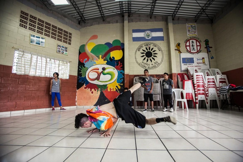 Proyecto Promoviendo Oportunidades de Inclusión Social. Grupo de break dance.