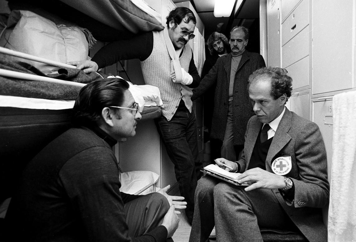 1982: Entrevista a prisioneiros argentinos