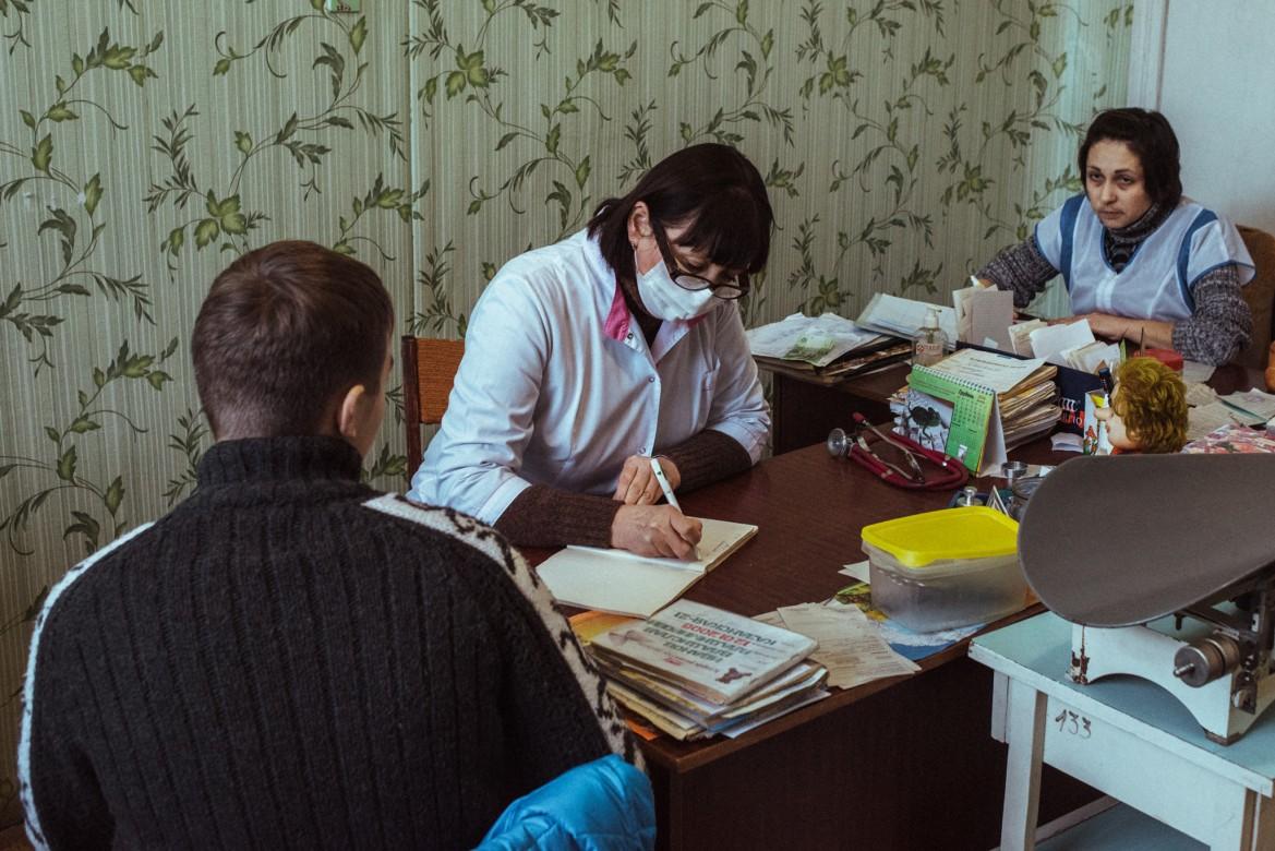 عيادة ليسيشانسك، منطقة لوغانسك،  كانون الأول/ ديسمبر 2014.