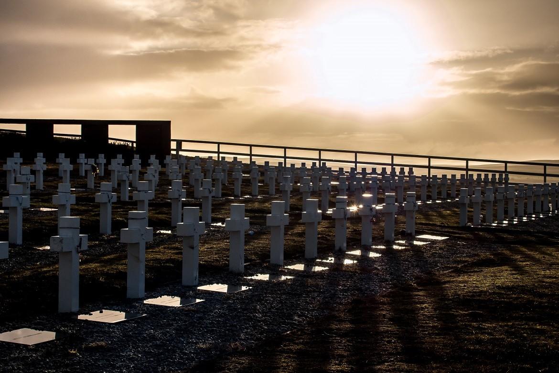 2012: A identificação das sepulturas sem nome