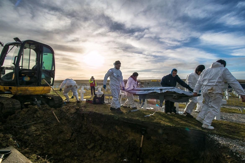 2017: Exhumación de los restos mortales