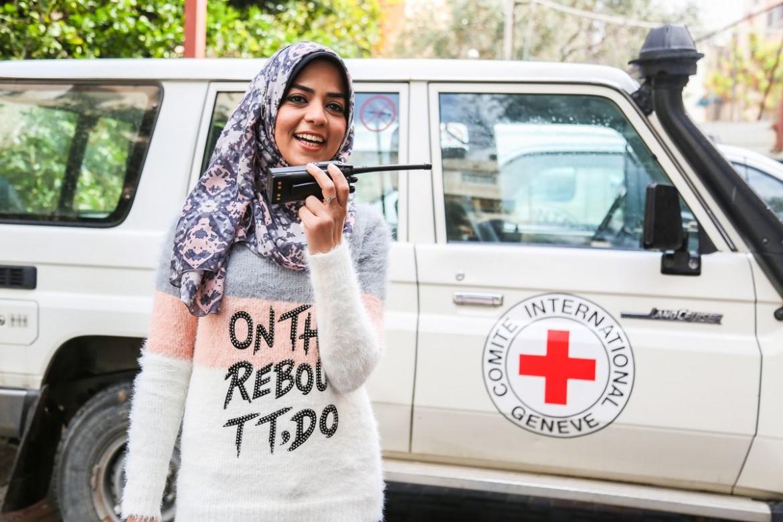 Faten Abu Serdana, 30. Engenheira informática, operadora de rádio do CICV.