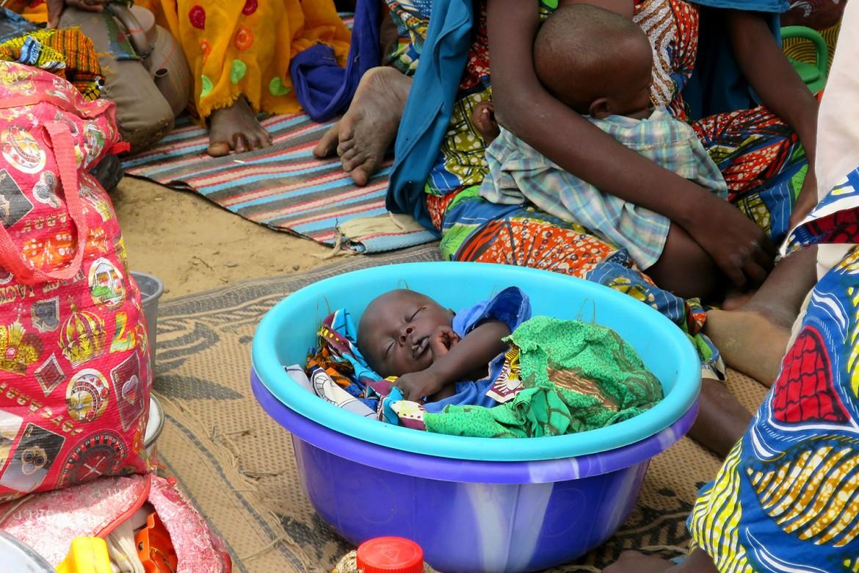 14.00 尼日利亚:有人要睡一会儿吗?