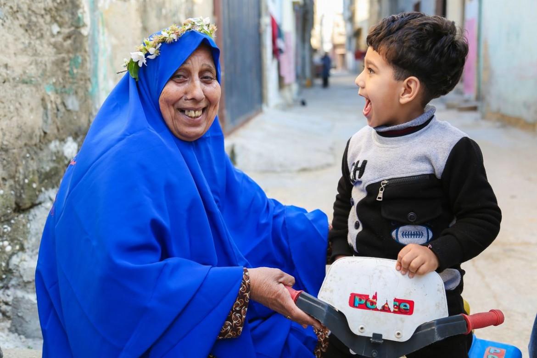 Refqa Abu Nahel, 61. Avó. O marido morreu nove meses depois do casamento. Ela tinha 19 anos. O filho tinha 14 dias.