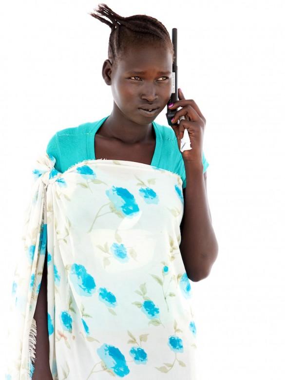 恩娅布艾·杰·丽阿勒(Nyabuai Gai Rial)19岁,来自阿科博