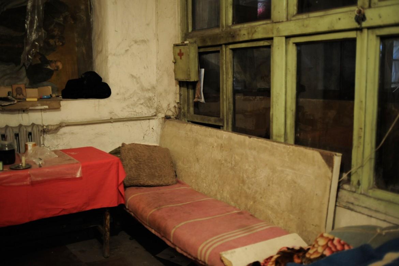 Oleksandrivka, cerca de Donetsk, Ucrania, 24 de febrero de 2015. El sótano de una escuela sirve de refugio ante los enfrentamientos.