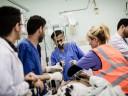 Gaza: cirurgiões e material médico chegam a Gaza para atender necessidades médicas devastadoras