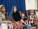 """Reunindo família no Afeganistão: após estar dois anos desaparecido, Naqibullah surpreende a família ao """"voltar vivo"""""""