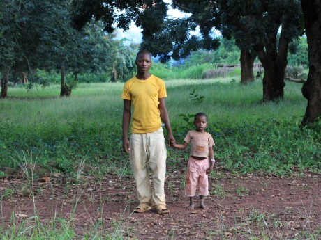 Riunire le famiglie separate dai conflitti