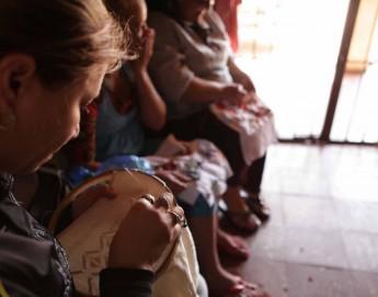 Paraguai: Projeto de artesanato empodera mulheres detidas