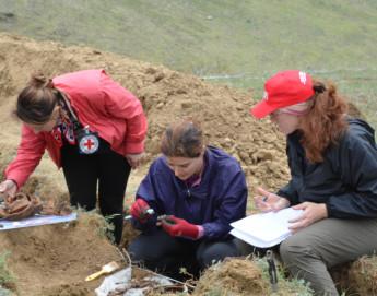 Грузия/Абхазия/Южная Осетия: начало раскопок более 30 мест захоронения в поисках пропавших без вести