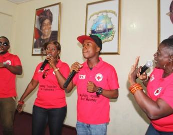 利比里亚:红十字发布歌曲支持埃博拉幸存者