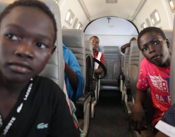 Nigeria: des enfants réfugiés retrouvent leurs familles
