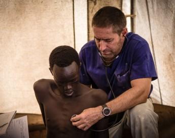 Cómo vive un cirujano de guerra en Sudán del Sur