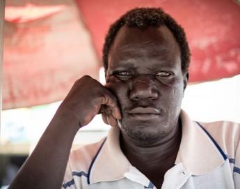 Luchar contra la adversidad y la discapacidad en Sudán del Sur: la historia de Yakobo