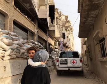 Síria: ajuda para mais de 120 mil pessoas chega a cidade sitiada perto de Homs