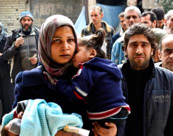 Syrie : les civils du camp de Yarmouk doivent être secourus de toute urgence