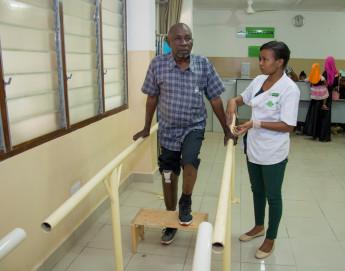 Tanzanie : faire progresser la réadaptation physique