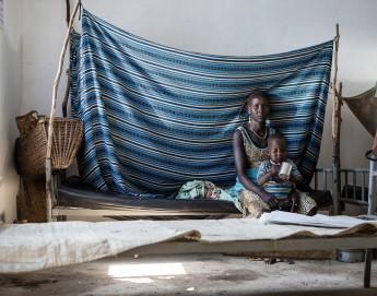 """""""Eles morrem sem serem notados"""". Crescente crise na área de saúde no Sudão do Sul."""