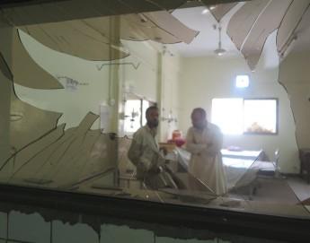 巴基斯坦:对基达医院的恐怖炸弹袭击造成五十多人死亡