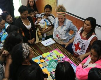 El miedo y la vergüenza silencian a las víctimas de violencia sexual en Colombia
