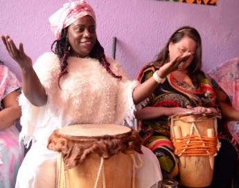 En Colombia, víctimas de violencia sexual usan la música para sanar