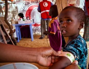 الصومال: الفرق المتنقلة تقدم الخدمات الصحية للصوماليين مهما بعدت المسافة