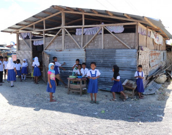 Philippines: Amid floods and armed conflict, a safer space for students in Pagatin