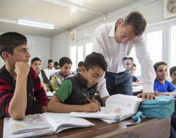 问答:红十字国际委员会与教育机会