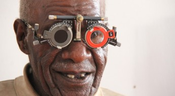Indonesia: Restoring eye-sight in Papua