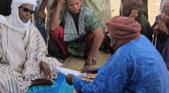 Mali: Former refugees receive household essentials