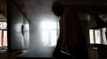 Украина: делегаты МККК следят за условиями содержания под стражей
