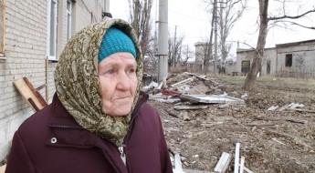 Украина: жители разрушенного села Никишино готовятся к зиме