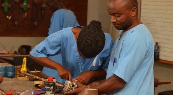 Burundi : nous soutenons le centre orthopédique de l'Institut saint Kizito
