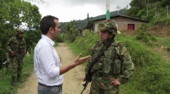 Colombia: Talking to weapon bearers to protect civilians