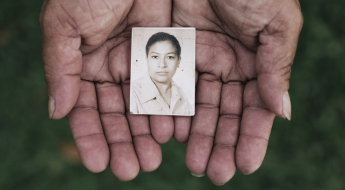 """El Salvador: """"Desde el día que te fuiste"""""""