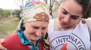 Meet the psychologist helping people heal in Ukraine
