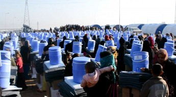 伊拉克:为流离失所者提供食品和其他重要援助