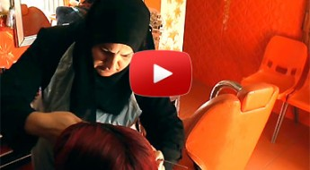 Irak: un salon de coiffure pour gagner sa vie et retrouver l'espoir
