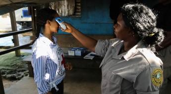 利比里亚:防止埃博拉疫情进入监狱