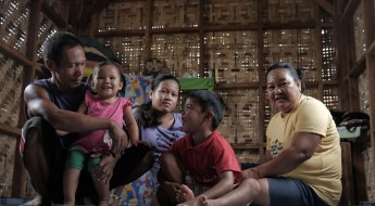 Philippines: New and safer home for Haiyan survivors